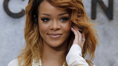 Gavel Up: Rhianna Legally a Style Icon; Oprah Has Nothing on Aamir Liaquat Hussain