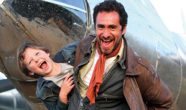 Oscar Nominee Demian Bichir Takes Flight In The Runway Tribeca