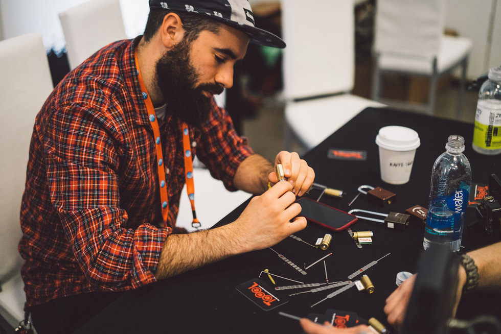 Test Your Hacker Skills With DEF CON At The 2015 Tribeca Film Festival