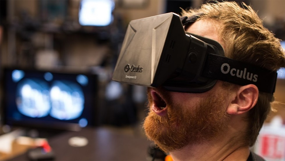 Virtual Reality Users Are Duplicating the Moviegoing Experience within the Comfort of their Own Homes