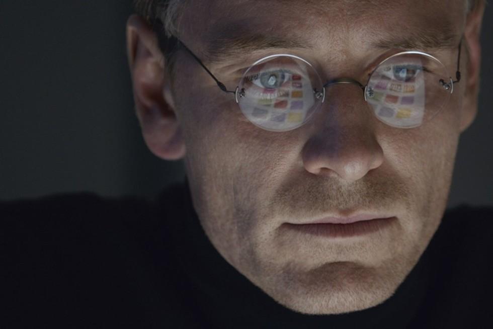 STEVE JOBS Composer Daniel Pemberton on Creating a Score Reflective of Steve Jobs' Life and Career