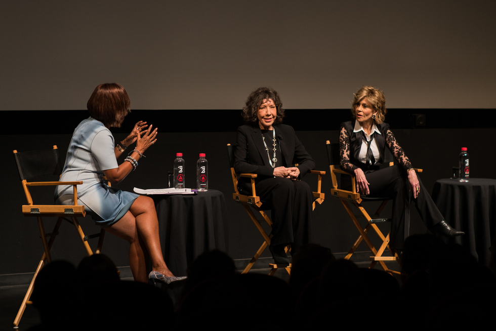 GRACE AND FRANKIE's Jane Fonda and Lily Tomlin Talk Aging, Equal Pay, and Hillary at Tribeca 2016