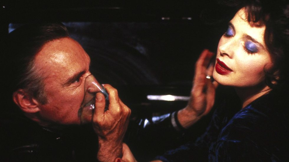 Fantasizing the Feminine: A Look at the Female Archetypes in David Lynch's BLUE VELVET