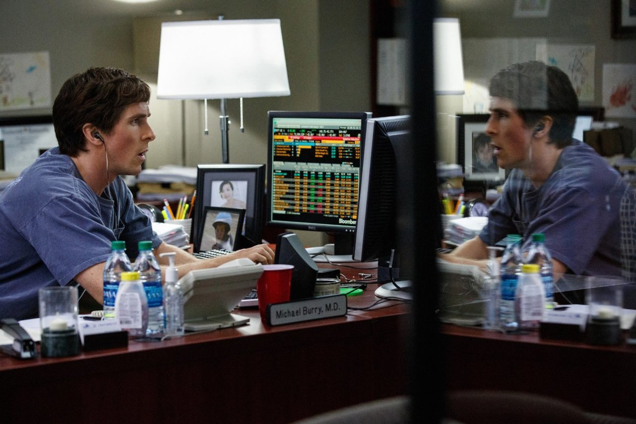 Because who better to give an economy lesson than the director of Anchorman and Step Brothers? No, seriously... THE BIG SHORT (2015)