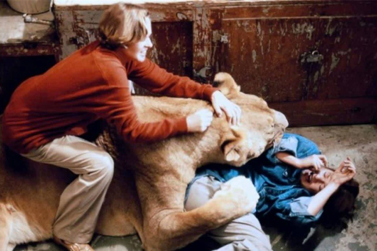 If you've ever wondered what THE LION KING would be like if an escaped mental patient were to remake it, check out... ROAR (1981)